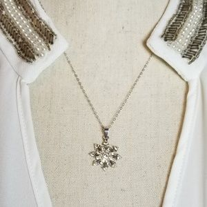 """Jewelry - 18"""" 925 Sterling Necklace. Starburst pendant."""